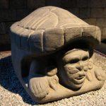 Escultura imperio azteca